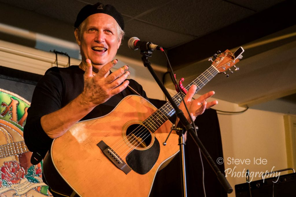 Greg Greenway performs at the Rose Garden Coffeehouse, Mansfield, Mass., on Sept. 15, 2018. Photo by Stephen Ide