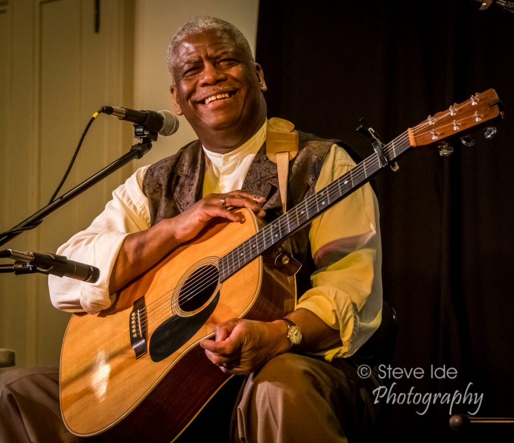 The Rev. Robert Jones performs at the Rose Garden Coffeehouse in Mansfield, Mass., on Saturday, Jan. 26, 2019. Photo © Copyright 2019 Stephen Ide